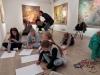9.-uczniowie-rysuja-prace-w-Galerii-BWA