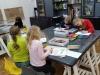 3.-uczennice-w-trakcie-kolorowania