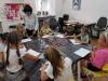3.-uczniowie-wykonuja-prace.-Nauczyciel-daje-wskaz-wki.