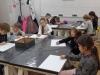 4.-grupa-uczni-w-przy-pracy.