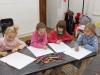 5-uczennice-w-trakcie-rysowania.
