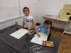 2.-uczniowie-rysuja-domowe-zwierz¦Öta