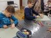 2.-uczniowie-w-trakcie-rysowania