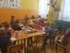 3.uczniowie-rysuja-laurki-dla-siebie